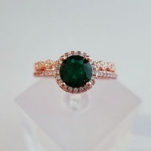 Jewelry - *only size 6 left!* Green and Rose Gold Ring Set